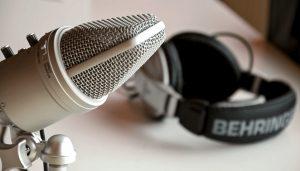 Best Headphones For Podcasting