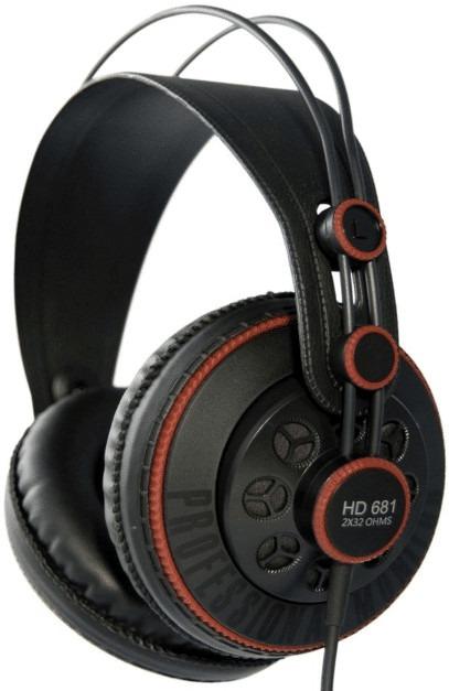 Superlux HD 681