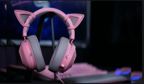 Wireless Pink Headphones