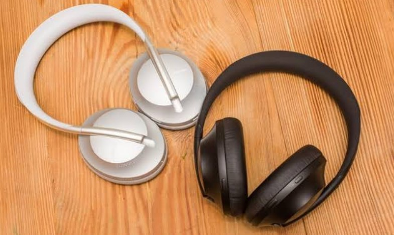 Best Noise Cancelling Headphones Under 50