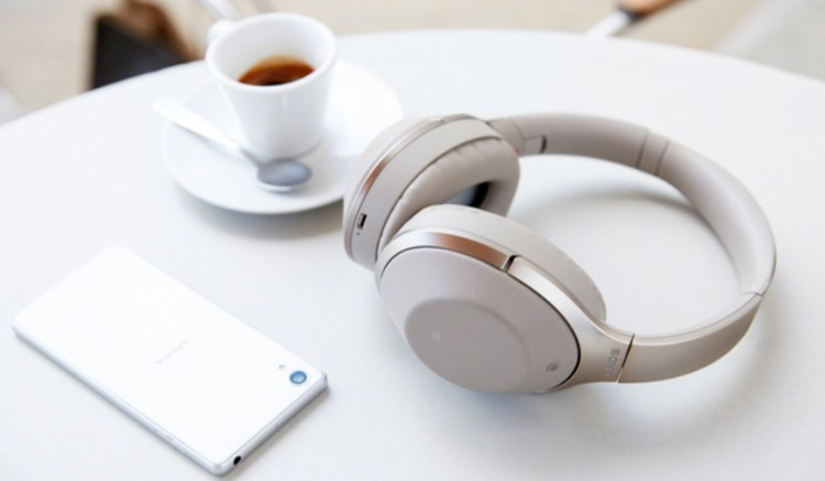 Best Noise Cancelling Headphones Under 300