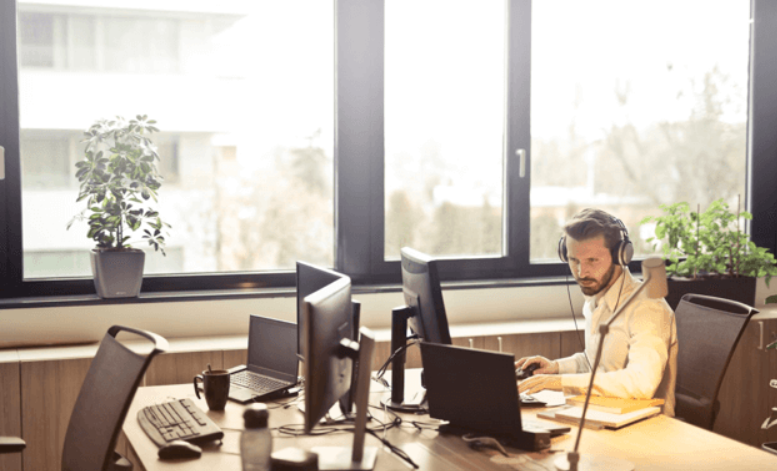Best Headsets for Online Meetings