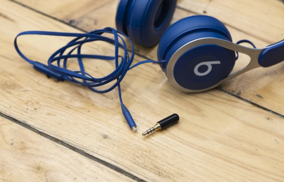 How to Fix Headphone Wires