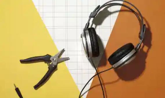 How to Fix a Short in Headphones